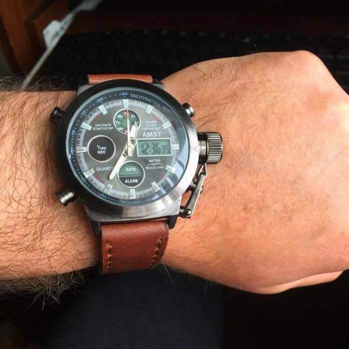 Часы Amst на мужской руке