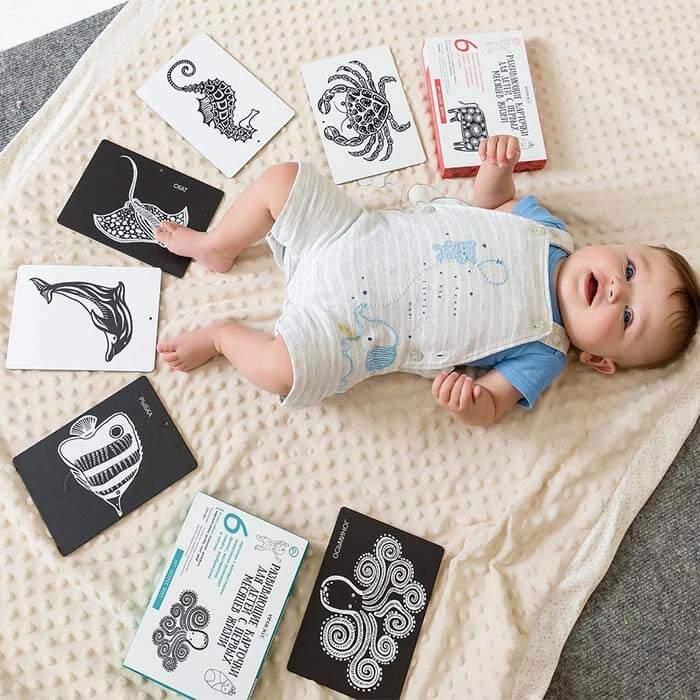 Ребенок на кроватки с карточками Vera Kit, дополнительно в комплекте - игрушка Зебра